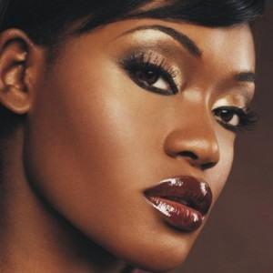 maquiagem para negras 300x300 Maquiagem para Negras