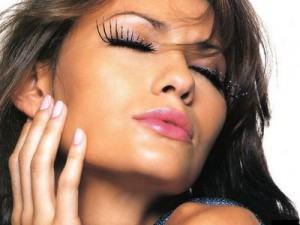 truques de maquiagem 300x225 Truques de Maquiagem