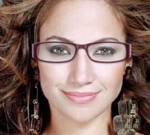 maquiagem-para-quem-usa-oculos-300x271